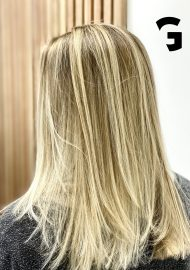 light blonde balayage highlights